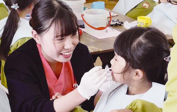 福山歯科衛生士学校 学内外実習